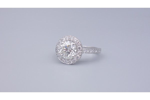 Bague Entourage Diamant 1,18cts I/VS2