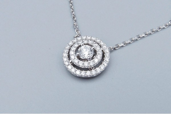 Pendentif diamants double entourage 0.30 ct + 0.50 ct