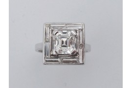 Bague carrée platine 1930 diamant central 1.60 H/VS2